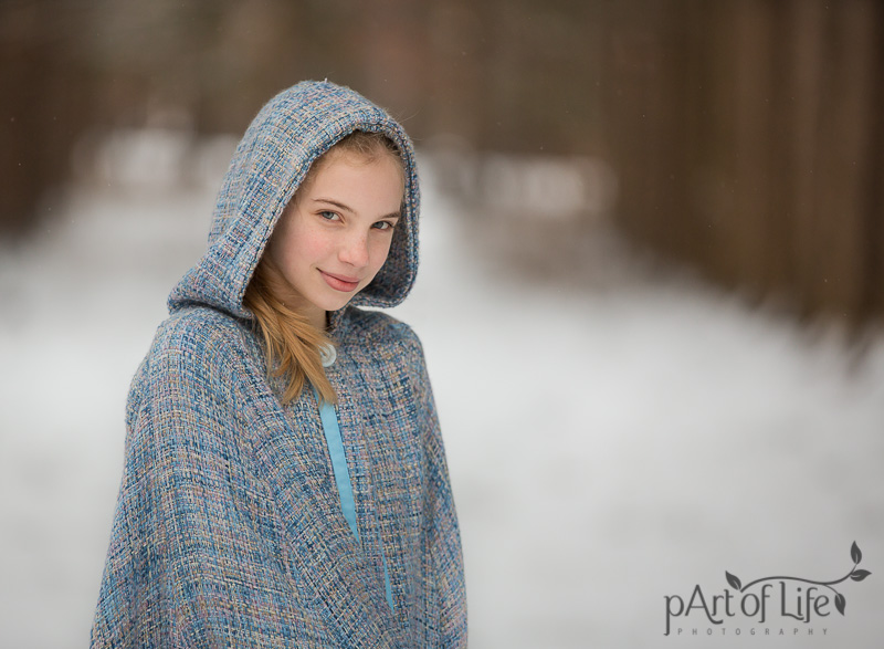 Teen snow photo session by Oakland County photographer