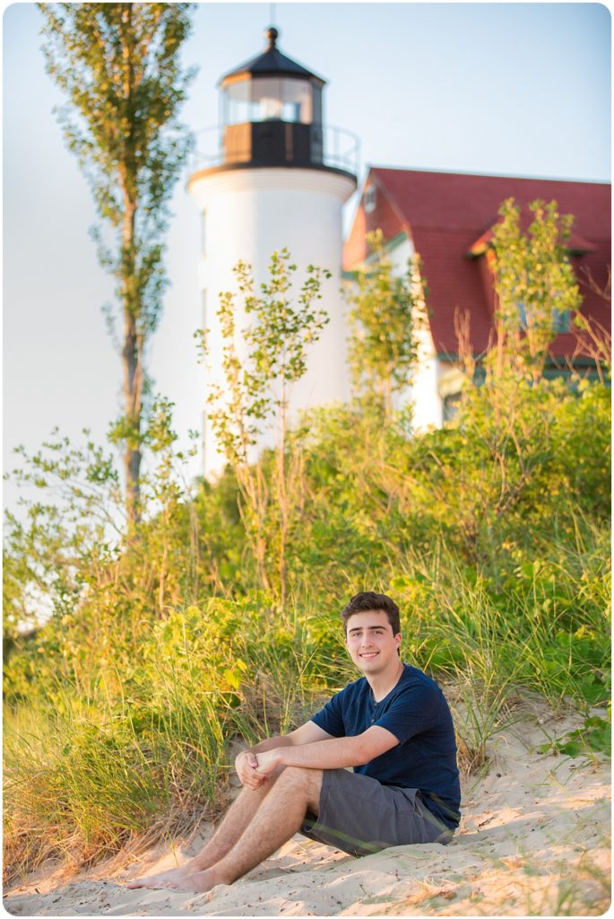 lighthouse senior photo session
