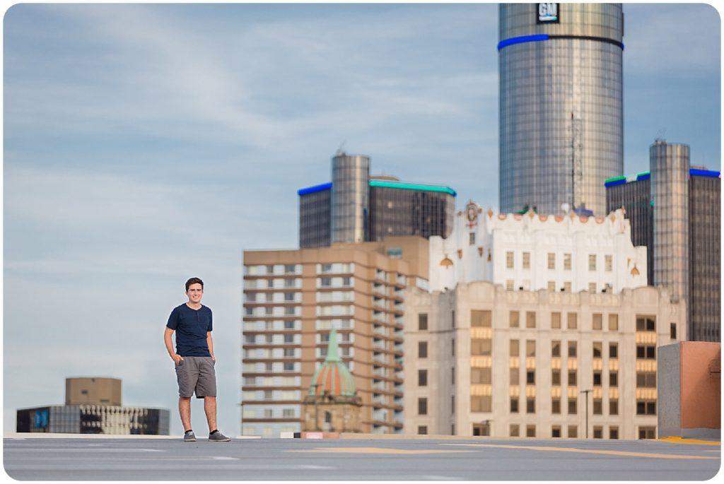 detroit rooftop senior photos