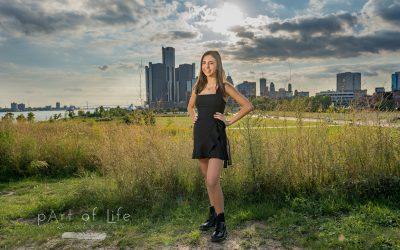 Grosse Pointe Senior Portraits in Detroit!