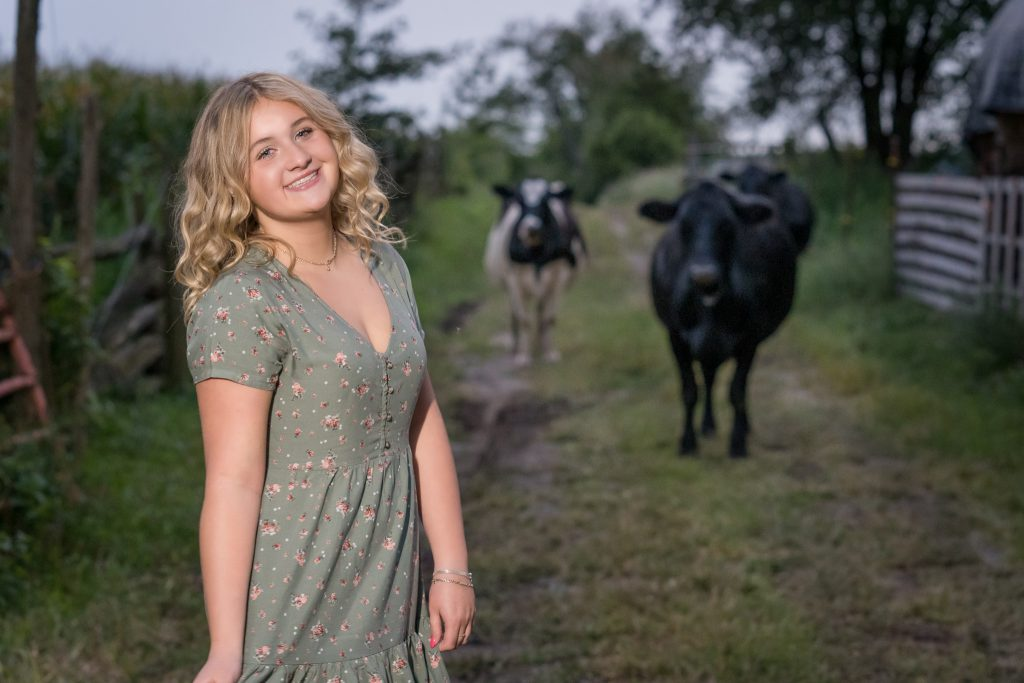 Farm Senior Portraits with cows